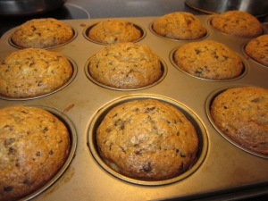 Banana bread muffins with chocolate and cranberries.